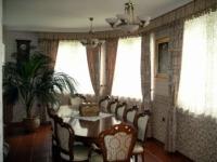 Központi részén 78 MFt - 327 m2Eladó családi ház Veresegyház