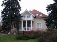 Szűcs József utca 88 MFt - 438 m2Eladó családi ház Szentendre