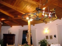 falu széle 65 MFt - 307 m2Eladó családi ház Máriahalom