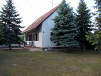 Patak utca 32 MFt - 200 m2Eladó családi ház Veresegyház