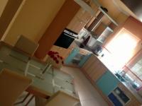 Csiri utca 150 MFt - 320 m2Eladó családi ház Törökbálint