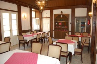 Fő utca 200 MFt - 600 m2Eladó szálloda  Visegrád