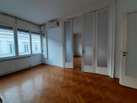 Sas utca bérlet: 1 EFt - 112 m2Eladó lakás Budapest