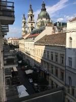 Hercegprímás utca 79 MFt - 81 m2Eladó tégla építésű lakás Budapest